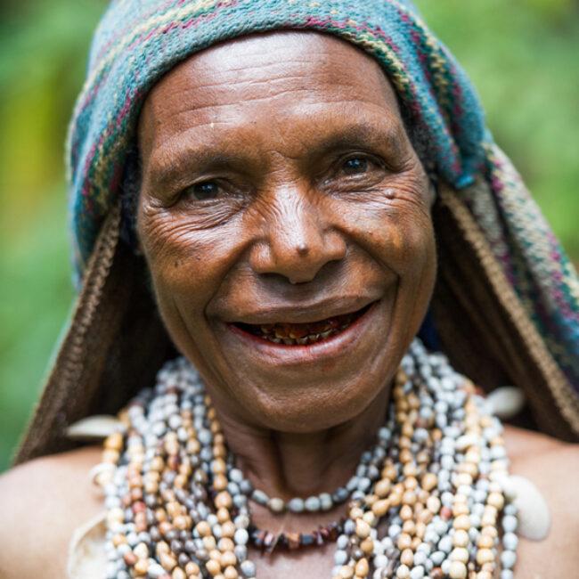 Woman from the Ji-Paiya-Kutumb Tribe, Papua New Guinea.